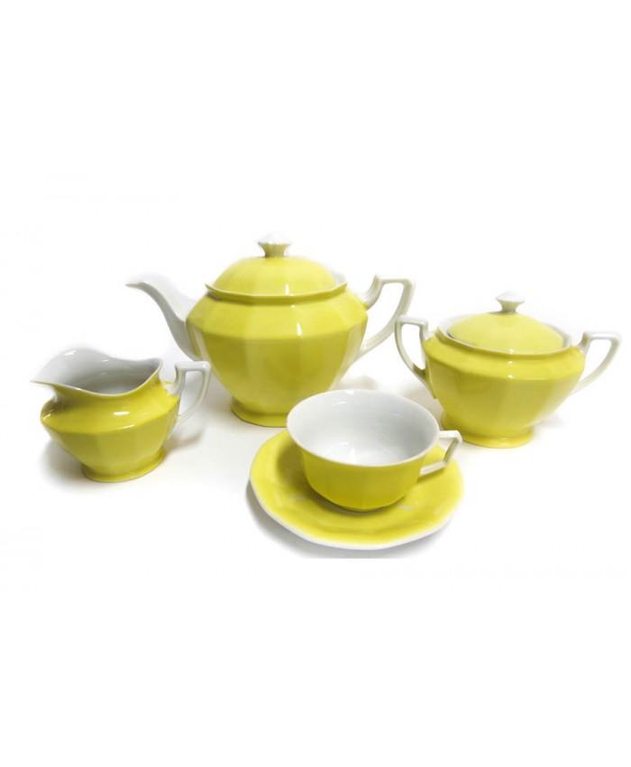 Žlutý čajový servis