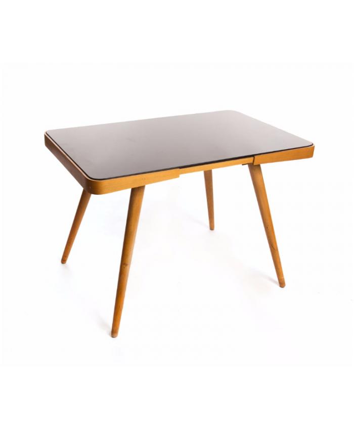 Konferenční stolek s opaxitovou deskou
